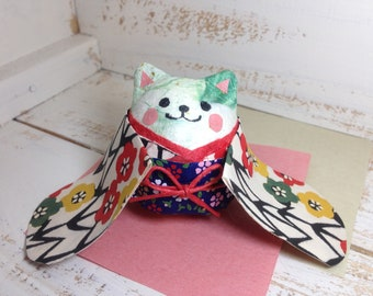 Cat with Kimono roly-poly