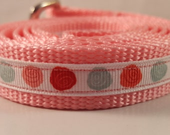 Light Pink 5 Foot Medium Dog Leash w mutli-colored roses, Pink Leash, Custom Dog Leashes, Dog Lovers Gifts, Home, Pet Supplies, Pet Leashes