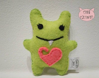 Martian Cat toy, Martian Catnip toy, Martian Valerian Cat Toy