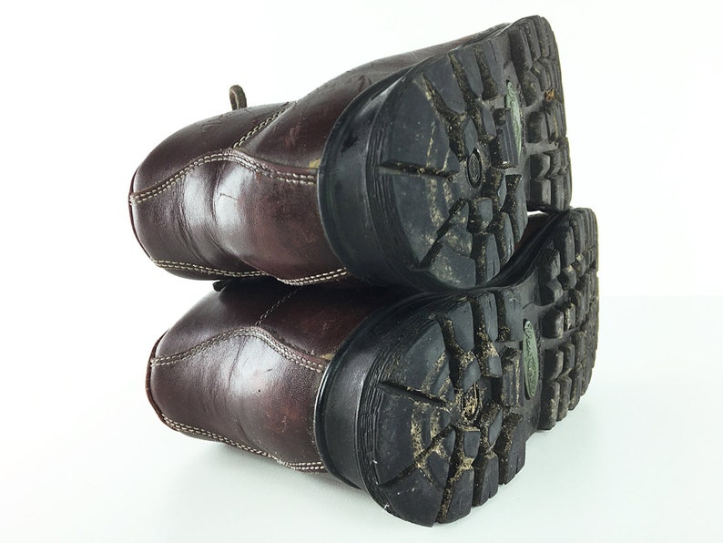 Skywalk Vasque Hiking Boots Italy 70s 80s Mountaineering Climbing Boots Womens Shoes size 8.5