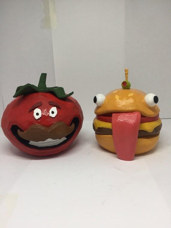 3d Gedruckte Fortnite Durr Burger Und Tomate Kopf Combo Durr Etsy