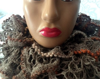 vintage scarf. knitted. handmade