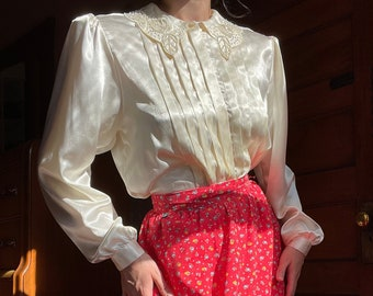 1980s does 1940s Vanilla Satin Blouse with Beaded Collar and Bishop Sleeves size Medium