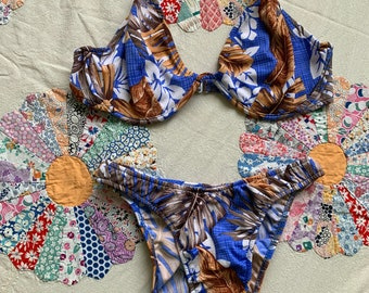21bd502e030fd 1990s Venus Tropical Floral Blue and Brown High Leg Brazilian Cheeky Bikini  With Underwire Halter Top