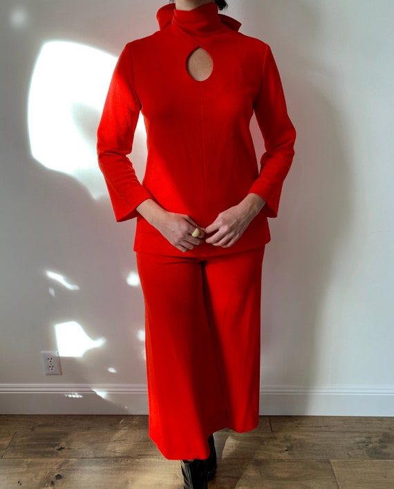 1970s Nardis of Dallas Red Mod Set with Flare Trou