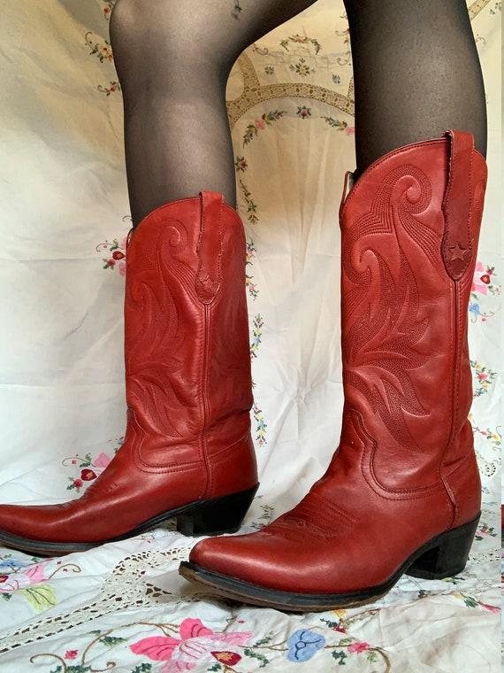 1980s Durango Cherry Red Leather Cowboy Boots size