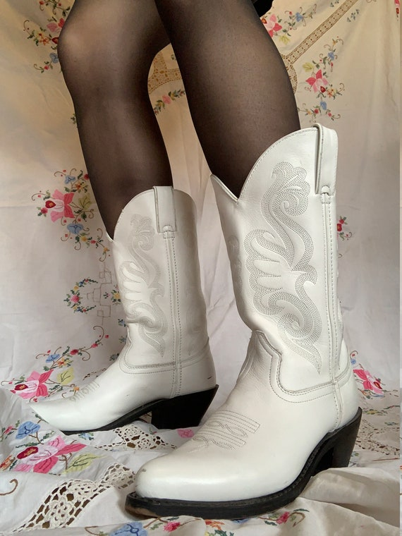 1980s Durango White Leather Cowboy Boots size 7.5