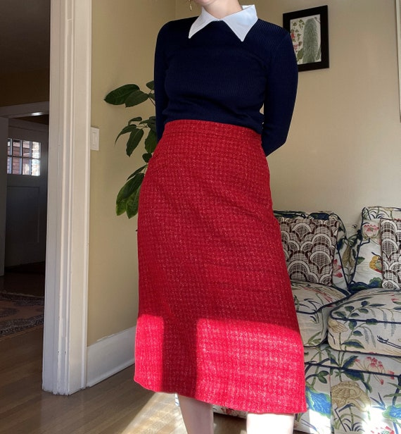 1960s Navy and White Mod Top Ribbed Sweater size S