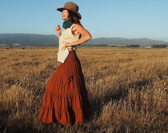 Gauze Tiered Skirt in RUST // Pockets, Natural Fiber, Flexible Waistband / Breathable Elegance!