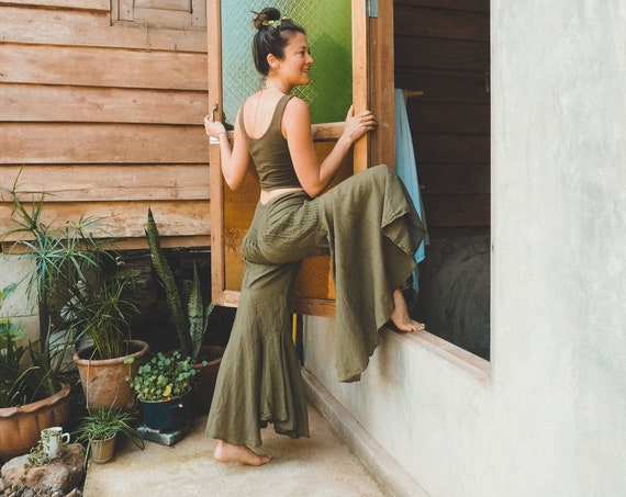Gauze Bells in OLIVE // 100% Cotton Gauze Breathable Yoga Dance Play Pants // Enjoy the feeling of your expression
