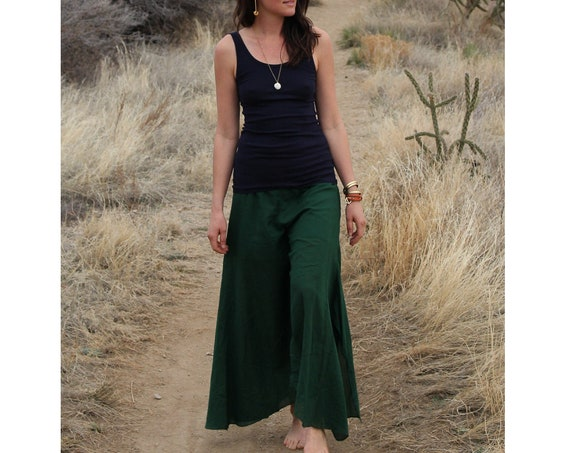 Cotton Prairie Pant in EMERALD // Partially Lined, Moisture Wicking, Yoga, Biking, Play! Flexible Waistband.