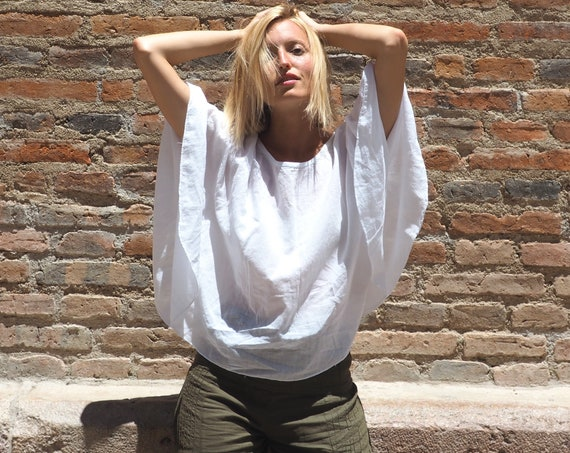 The Petal Top in WHITE // Natural Cotton Lightweight Breathable // Summer Kisses All Around You