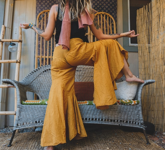 Gauze Bells in GOLD // 100% Cotton Gauze Breathable Yoga Dance Play Pants // Enjoy the feeling of your expression