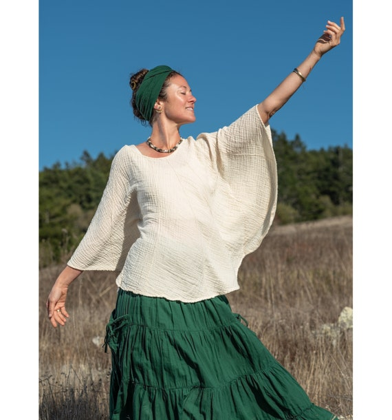 Natural Cotton Poncho Sleeved Top // Fluffy, Breathable, Free-Moving Elegance!