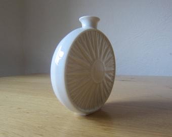 "Hutschenreuther porcelain small 70s ""Solifleur"" relief vase"