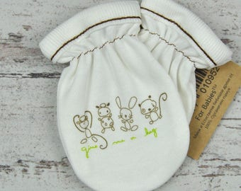 White Baby Mittens, Newborn Mittens, Baby Shower Gift, Baby Gloves, Organic Accessories, Printed Mittens, Cute Mittens, Monogram Mittens