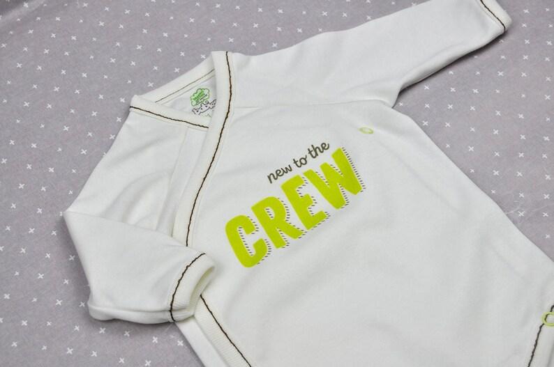 437f3c29988ef3 Neu in der Crew Onesi Baby Body Baby Artikel Babybody
