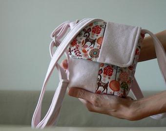 girls shoulder bag in light pink colour with animal forest motive, kids bag