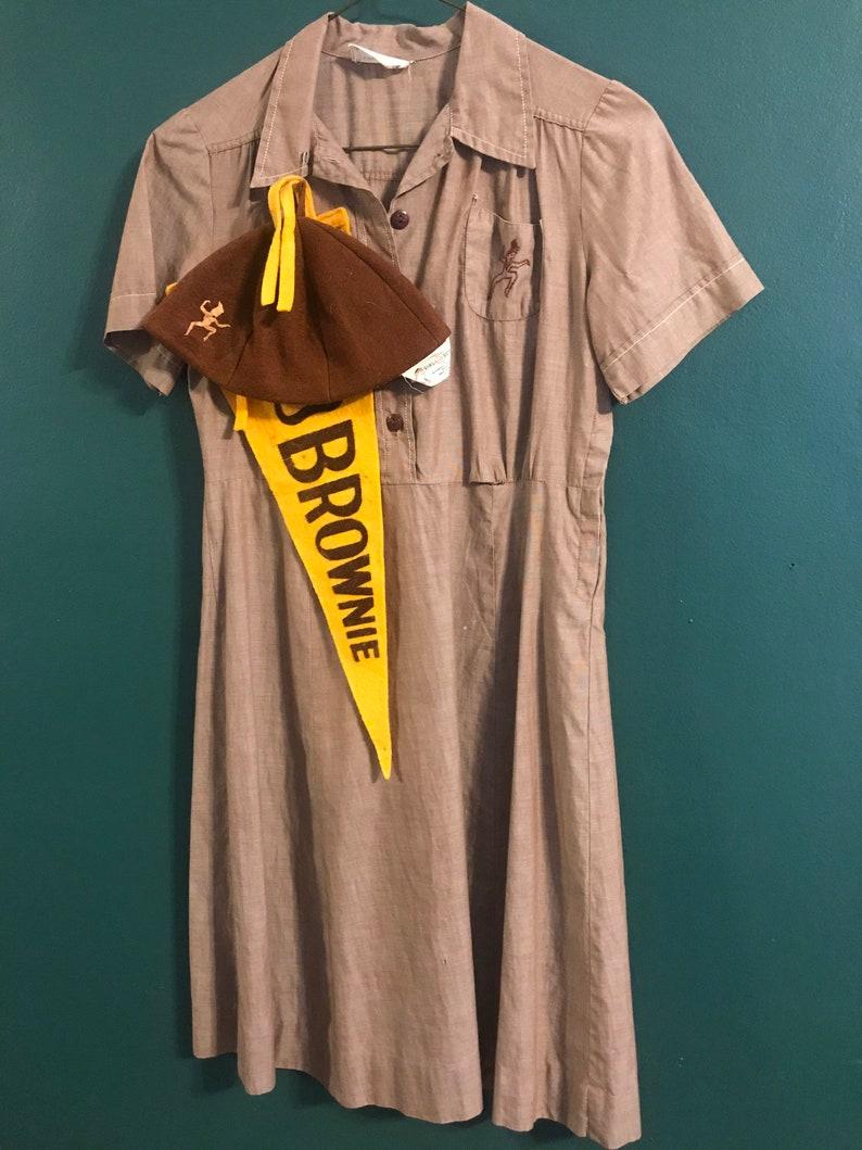Vintage Brownie uniform