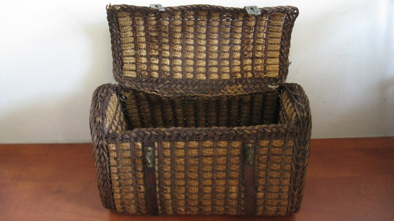 Egg Chair Riet.Antique French Wicker Egg Basket With Lock And Leather Straps Etsy