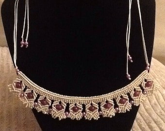 Macrame Necklace Beige