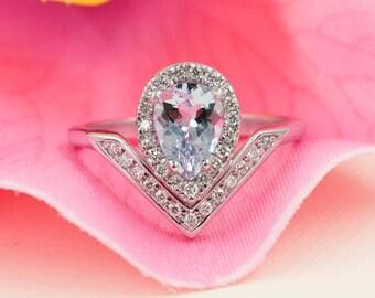 Aquamarine Engagement Ring, 0.28 ct High Quality Diamonds, Aquamarine Diamond Engagement,8x6 AAA Pear Aquamarine.White Gold Engagement Ring.