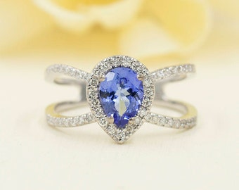 Tanzanite Engagement Ring, 0.42ct High Quality Diamonds, Tanzanite Diamond Engagement, 8x6 AAA Pear Shaped Tanzanite, Quality Diamond Ring.