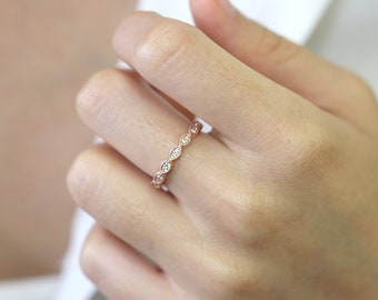 Dainty 14k Diamond Wedding Band/Women's Wedding Ring/Solid 14k White,Yellow,Rose Gold Ring/Natural Diamond Ring/Simple Wedding Band