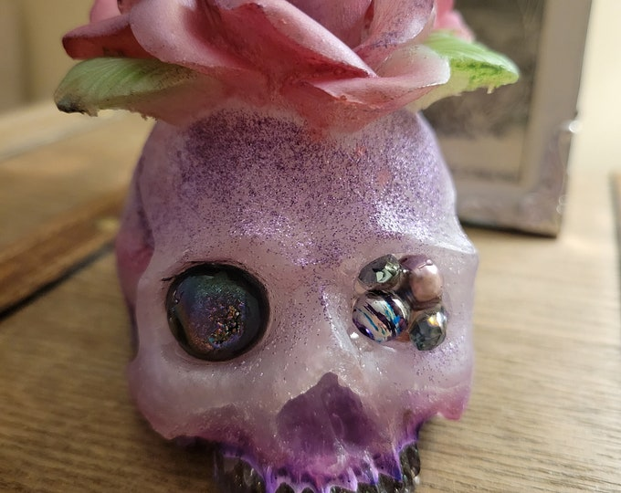 NEW!! Resin Art Skulls LOVE/Dragon/Ocean (Large)