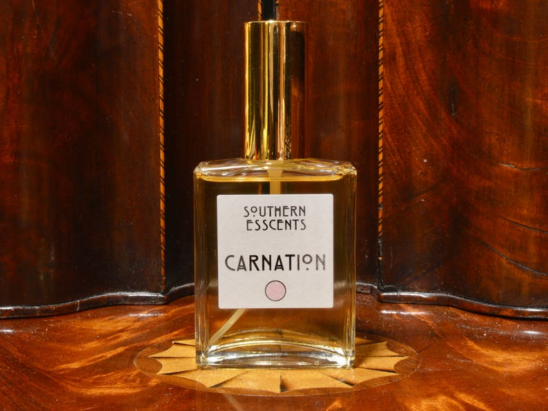 Carnation Perfume  Using essential oils extracted from fresh image 0