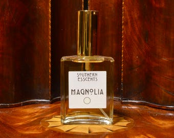 Magnolia Perfume - Using essential oils extracted from fresh flowers, this is a creamy, innocent fragrance. Perfect Gift!