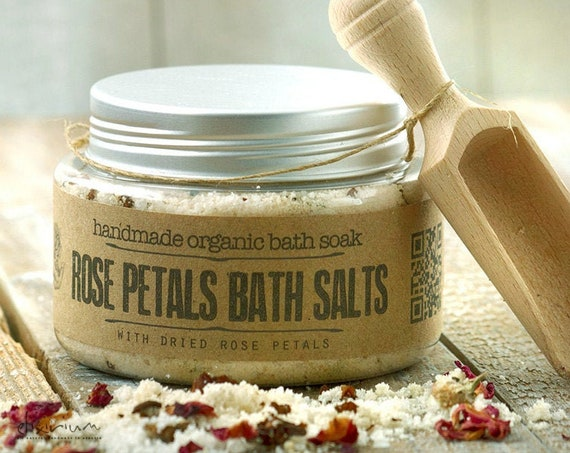 Rose Petals BATH SOAK • with Rosehip and Himalayan pink salt for a spa relaxation bath soak ritual.