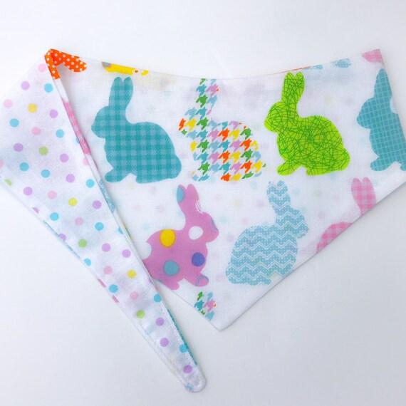Nouer autour (cravate sur) animaux Bandana - petite taille - bandana «Everybunny est un peu différent»