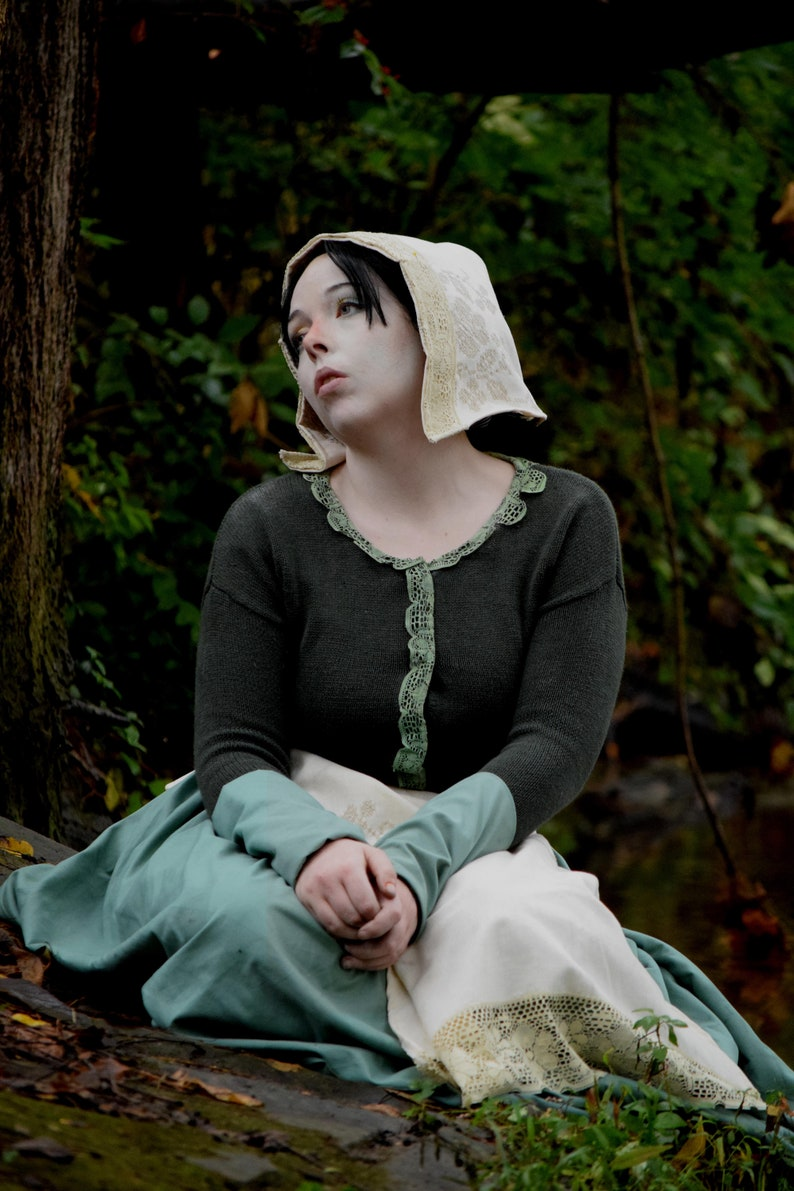 Lorna Over the Garden Wall Cosplay