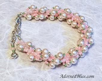 Pink & White Pearl Bracelet / Jewelry / White Pearls / Bead Weaving / Women's Fashion / Valentine / Pearl Bracelet / Beads / Seed Beads