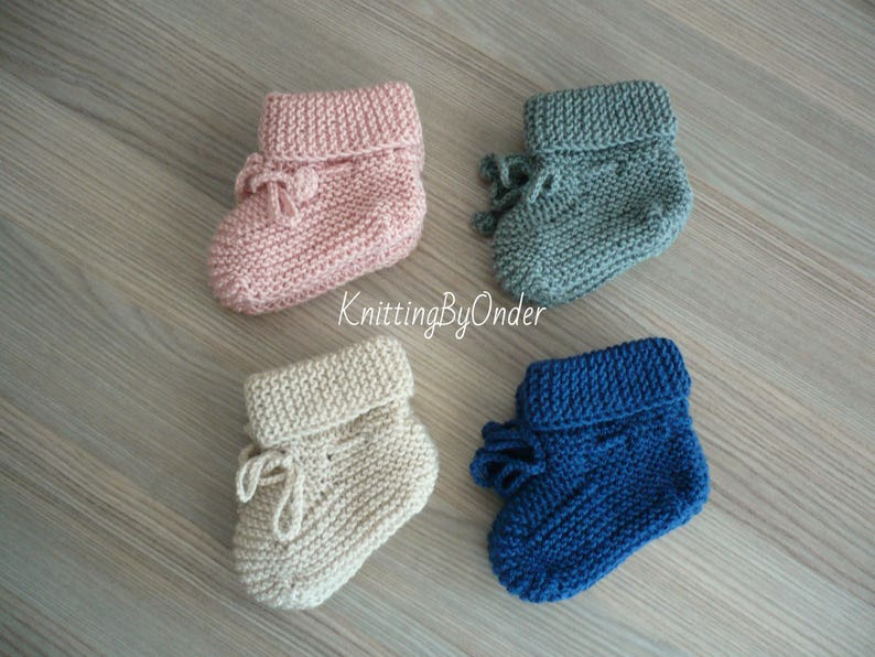 e6e024b56ae67 Knitted woolen baby booties Baby boy booties Baby girl booties Baby woolen  slippers Newborn merino boots Neutral baby shoes Baby shower gift