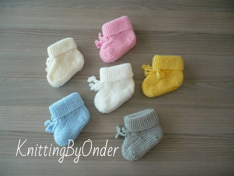3350124534d Hand knitted baby booties Baby boy booties Baby girl booties Newborn  knitted booties Baby slippers Baby shoes Baby shower gift Baby knits