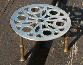 Vintage Brass stand, teapot, plant / Vintage brass, Stand for flower pot, minature, teapot, sculpture
