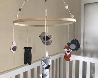 Wooland Theme Woolf Bear Fox Birds Nursery Mobile