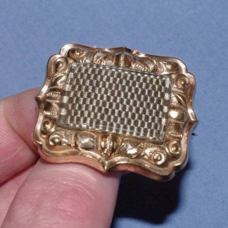 Antique 19th Century Pinchbeck Gold Mourning Brooch With Plaited Hair