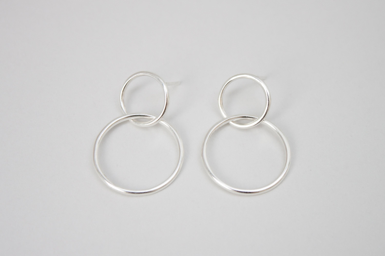 double hoop earrings double circle earrings hoop silver etsy. Black Bedroom Furniture Sets. Home Design Ideas