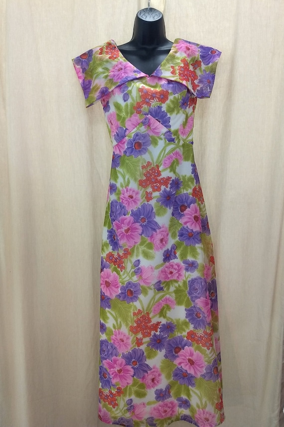 Boho Flowered Maxi Dress 60s party