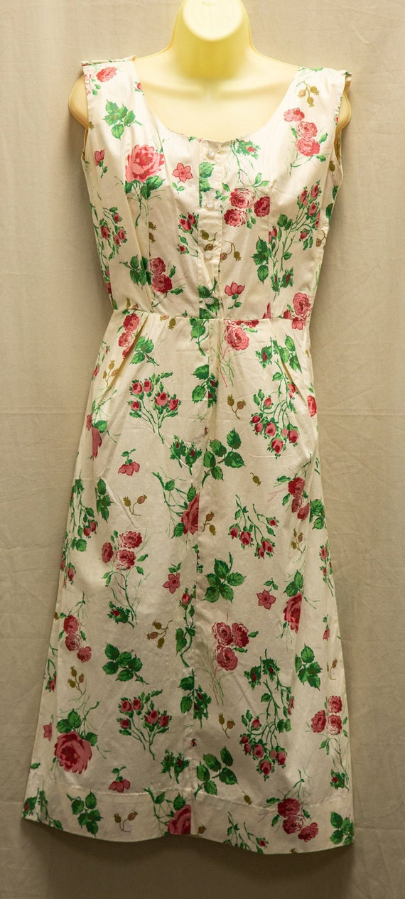 Vintage 1940's cotton flowered pin-up dress