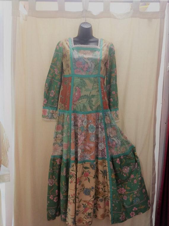 Boho peasant 1970s dress