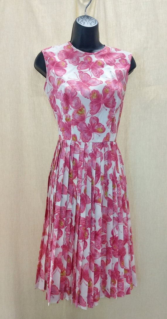 Fit and Flare 1950's dress