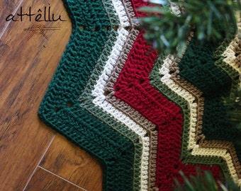 Ripple Vintage Christmas Tree skirt / Hand made crochet tree skirt