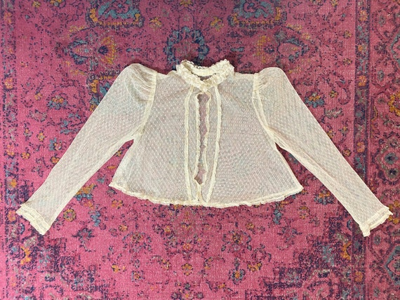 Vintage 1970s cream lace top // eyelet mesh nettin