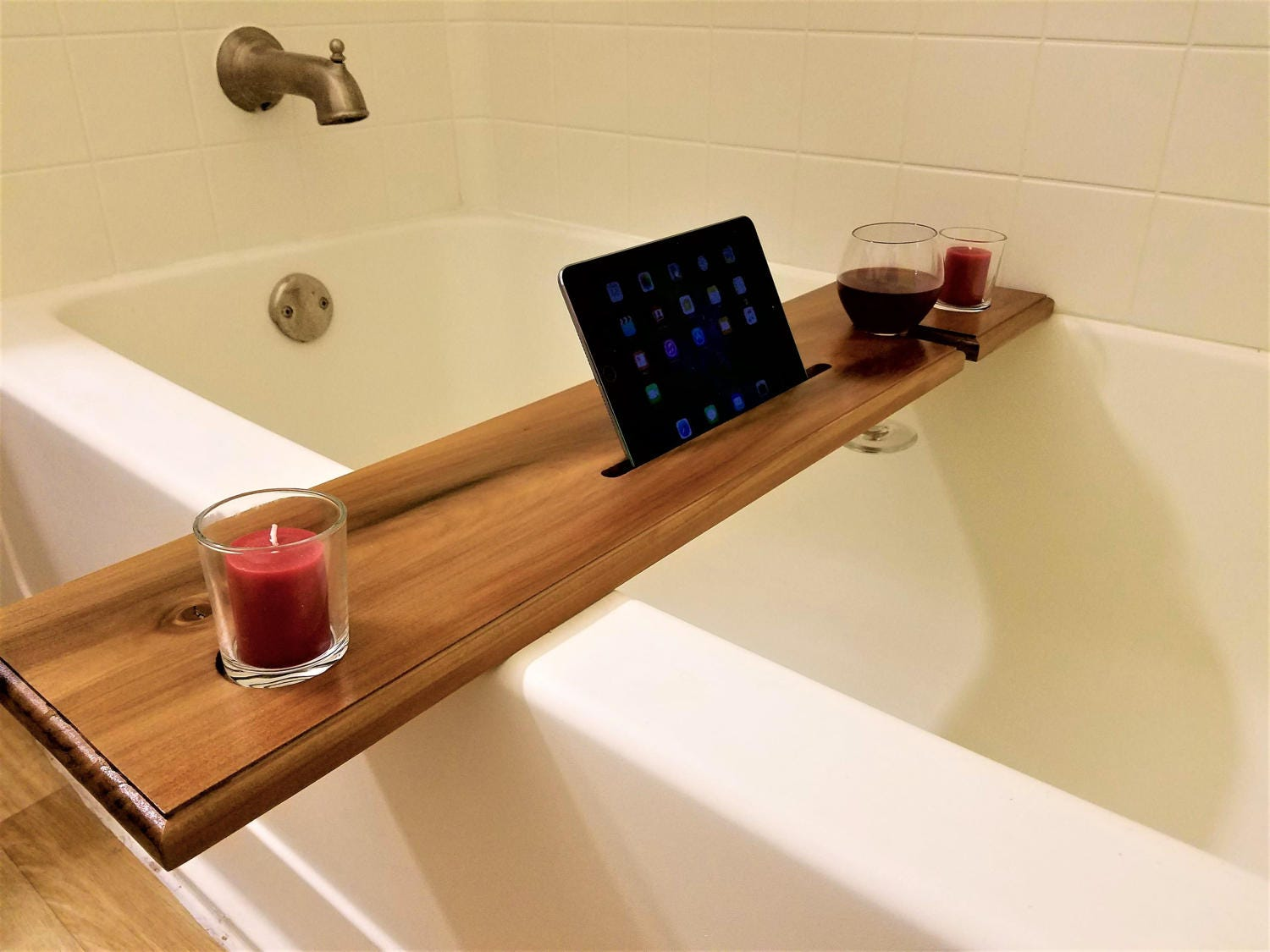 Wine Glass Holder and iPad & Book Notch Bath Caddy