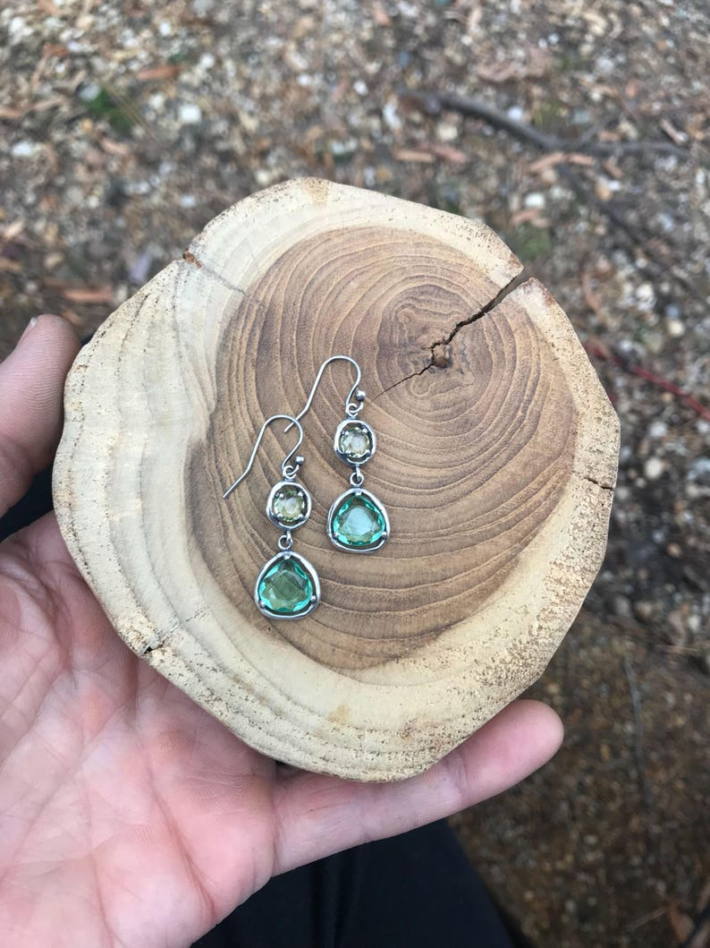 Silpada Designs Seychelles Blue Crystal Dangle Earrings W2457 RARE Retired Vintage