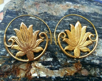 Lotus spiral earrings,  Tribal Brass Earrings. Brass Tribal Earrings, Boho Earrings. Gypsy Earrings. Festival jewelry, handmade.